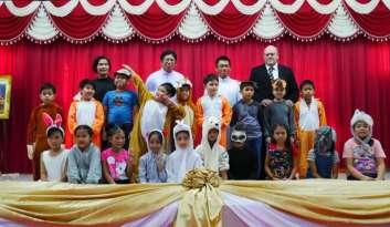 ประชุมผู้ปกครองนักเรียนแผนกสองภาษา-โรงเรียนดรุณากาญจนบุรี