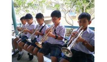 """ดรุณากาญจนบุรีปรับห้องฝึกซ้อมดนตรี-""""สานต่อหนึ่งคน-หนึ่งการเล่นดนตรี"""""""