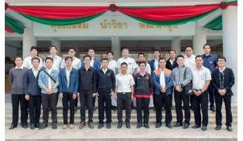 นักศึกษาวิทยาลัยแสงธรรมดูงานการศึกษาดรุณากาญจนบุรี