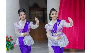 ระดับการศึกษาขั้นพื้นฐานสืบสานประเพณีไทยลอยกระทง