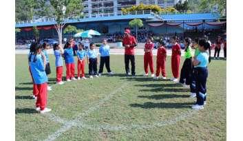 การแข่งขันฟุตบอลและแชร์บอลรอบรองชนะเลิศกีฬาภายใน